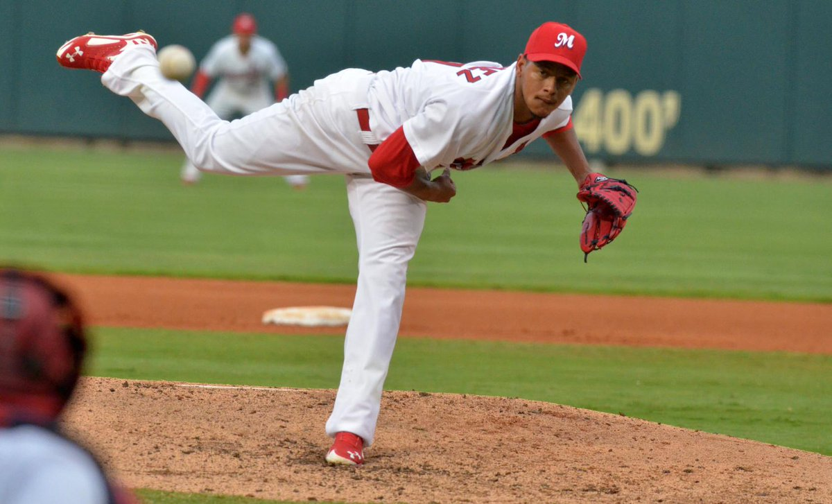 #tbt Carlos Martinez pitching for the #Redbirds in 2014. RT for a chance to win a Carlos bobblehead & signed ball http://t.co/93Lpuka99R