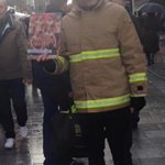 No, these men are not fire fighters. But theyre not scamming you http://t.co/7oPJcY7X5U http://t.co/GAaxCTxYb6