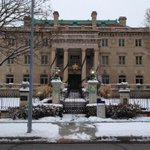 Snowy Corinthian Hall is always beautiful #visitkc #KCParks http://t.co/lABmH8gPct