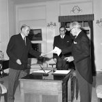 #OnThisDay 1967: John McEwen was sworn in as Australias 18th Prime Minister, two days after Harold Holt disappeared. http://t.co/o7aqT7vYgu