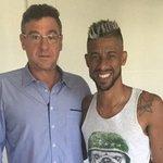Léo Moura indica em rede social que não deve ficar no @Flamengo. http://t.co/we1cSkTHAu http://t.co/6KXw3VWZzp