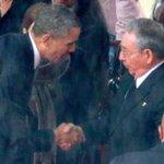 Raúl Castro pacta con EEUU ante inminente derrumbe del régimen de Maduro http://t.co/amfQ2vXUKG http://t.co/mfs0QMSUG3