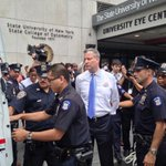 "Unhinged NYPD Union Boss Urges Cops To Fight De Blasios ""Revolution"" http://t.co/Zr2kjcYMdg http://t.co/t0MWBfWamb"