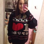 Chilling in my awesome @Keoghsfarm jumper???? http://t.co/VGpLsidpG9