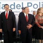 Preside el Gobernador @Paco_Olvera Ceremonia #DíaDelPolicía y Entrega de Reconocimientos. http://t.co/Ik4fO2qzcF