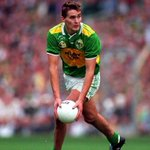@CrokePark Watching Maurice end the 11 year famine in 1997 #masterclass #CrokeParkMemories #GAA http://t.co/GODxIZe0E4