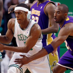 The Lakers have reportedly made a trade offer for Rajon Rondo. http://t.co/3fExGPzGN3 http://t.co/EdYc77H1x7