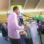El senador Rubén Toyota manifiesta su apoyo a @LeonelFernandez en SPM en el encuentro Navideño PLD #DreamTeamLeonel http://t.co/7wooSPmn8N