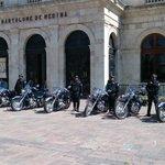 Fotogalería Entrega de Ambulancia, Motocicletas y Camionetas para Traslado de Centros Penitenciarios #DíaDelPolicía http://t.co/2YOEtu6CUV