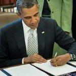 Obama firma ley que sanciona funcionarios del régimen de Nicolás Madurohttp://t.co/laWjSIAR2Hhttp://t.co/4q34JR0IiX