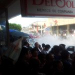 #ReporteTH: Vía @D4nielsam, reportan incendio en puesto ambulante que vendía cohetes de la calle Madero.Evite la zona http://t.co/xqjJVR1HHx