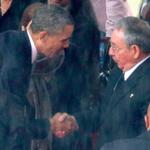 Raúl Castro pacta con EEUU ante inminente derrumbe del régimen de Maduro -► https://t.co/et2i99s194 http://t.co/yKJzk5kaDD