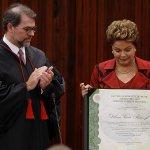 """@Estadao: Dilma propõe pacto nacional contra corrupção ao ser diplomada no TSE http://t.co/8j3PxLSTan http://t.co/mb9bOvnHbf"" Hipocrisia"