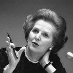 Reino Unido vai erguer estátua de Margaret Thatcher nas Malvinas: http://t.co/o5VhCHw3iP http://t.co/DG6GvHfcOB