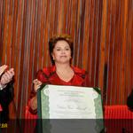 Na diplomação para seu 2º mandato, @dilmabr convoca pacto nacional contra a corrupção: http://t.co/VPLlFw6UED http://t.co/HTTiV3lEqx