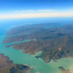 Astonishingly gorgeous views of the Banks Peninsula on @FlyAirNZ 5325 just now #NewZealand #Beauty http://t.co/mzrvc9GIFI
