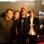 Because theres no such thing as too much @5SOS #PEOPLEMagazineAwards http://t.co/FT4UbqIZC9