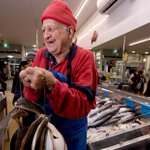 Hes been selling fish in the same carpark for 33 years, but Auckland Council says move on: http://t.co/sWtC4KLOHK http://t.co/P6WRIFHuSt