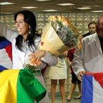 """¡EL GUISO DE LOS CASTRO! Cuba gana 8.000 millones al año con """"negocio esclavista de http://t.co/DFkodocOup http://t.co/JBG2qiQj7D"""