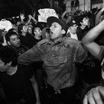 #FOTOS de @FranzKrajnik de la marcha contra la nueva #LeyLaboralJuvenil https://t.co/iWZH9U2QDS http://t.co/E5CaI3SUQD