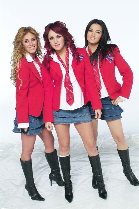 chicas de rebelde anahi: