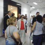 #casoYkua familiares y víctimas de la tragedia insultan al abogado de Juan Pío Paiva, Luis Escobar Faella @Radio970AM http://t.co/6WUuyWUIDr
