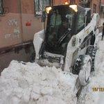 Расчистка тротуара по улице Авроры @Rudakov_i_a, @DepBlagSamara http://t.co/tuD0Fh9Cqg