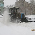Механизированное подметание тротуаров по лице Победы @Rudakov_i_a, @DepBlagSamara http://t.co/UyIVe1hSwN
