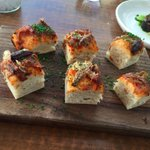 Caramelised onions and anchovies @ActBistronomes #yummy #Canberra #Braddon http://t.co/Uc7RFlhssi