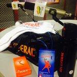 Este kit para el gym podés llevarte diciéndonos cual es tu #CancionRecuperal @los40Paraguay  #AhiVamos Energizate! 💥 http://t.co/GBt7ZAPOQ9