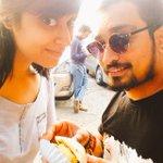 RT @Sangsterr: Aaj ka selfie ..vada pav at Anand stall Mithibai ..with @aoeliAbhay #mirchiselfiequeen @Mirchimumbai http://t.co/dWiWXweADr