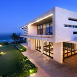 Awesome modern beach house in the Dominican Republic. http://t.co/TlxnKoQPN1