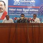 Premalal Navanandana Silva,  UNP organiser of the Ambalangoda electorate pledges support to the President #lka http://t.co/J4sSmvZ9mG