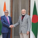 Met Bangladesh President Abdul Hamid. Our discussions revolved around strengthening cooperation between our Nations. http://t.co/WausZ34oNJ