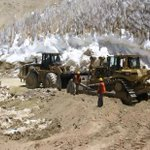 """Para construir el acceso a su proyecto Pascualama, la minera Barrick Gold Minerals, cortó el glaciar Brawn Superior"" http://t.co/lLYsRCl4Kb"
