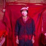 Visite au vrai village de Noël, Yiwu, en Chine, où 60 % des décos de Noël sont fabriquées http://t.co/aW87ehOSKz http://t.co/Amnr2fxsiT
