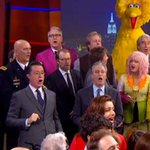 Stephen Colbert Says Goodbye in Style! See The Colbert Reports Celebrity-Filled Finale… http://t.co/eXgCYUjDM4 http://t.co/VLw68DC1Ml