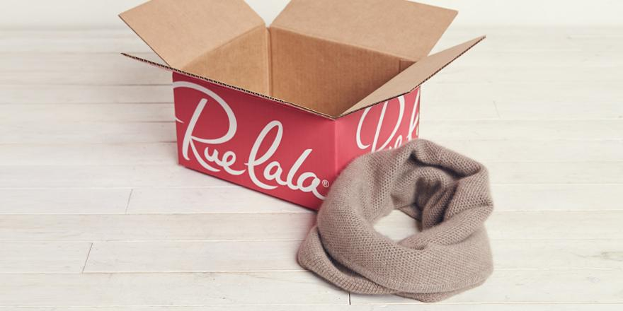 This cashmere scarf needs a coat to be BFFs with. RT for a chance to win it. 18+: http://t.co/JCHcUhTwNh #RedRueBox http://t.co/5GrbbyvqZf