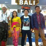 Kami Putra Bali @AsramaGuntur Pemprov Bali sukses bwt @KampungBudaya @EM_UBOfficial . Satu kata #BALITOLAKREKLAMASI ! http://t.co/tbVZZKzumq