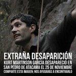 No podemos dejar de buscarlo. Su familia esperanzada en encontrarlo !!! @patagonpau @biobio @latercera http://t.co/pyF4kSM3KX