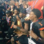 Gilmer wins state! Buckeyes beat West Orange-Stark 35-25 after epic comeback! #ktbs3 #3fever http://t.co/zAY42rZilB