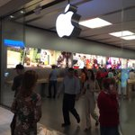 Im at Apple Store, Aventura in Aventura, FL https://t.co/GNKHh4PAsd http://t.co/TM6jLtqWj2