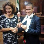 Two Cork legends. It took 4 years, but @RM_Heffernan finally has a deserved European medal, presened by @soniaagrith. http://t.co/zF8JyyOcgU
