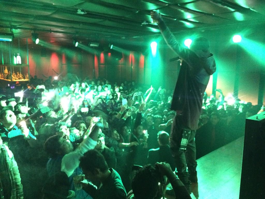 Big up all the #bohemians at #ASOM @RadissonDwarka and big love to my man @iambohemia the #punjabirapstar sick brotha http://t.co/867yEmfuMK