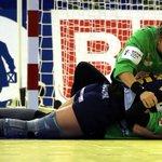 Las #Guerreras disputarán la final del Europeo de Balonmano tras derrotar al vigente campeón http://t.co/ZuAaA7hGIN http://t.co/y1o8D9nQ6e