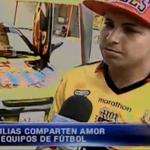 #PAÍS Hinchas de @BarcelonaSCweb y @CSEmelec demuestran la verdadera pasión por sus equipos. http://t.co/3xaA5QdFze http://t.co/IiWEkIDE2B