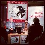 """En el @MuseodelLibro #Burgos, el gran José Luis @Cuerda1936, """"que no es poco"""" ;) con @soydavidcastro #SoyAmanecista http://t.co/UVkjUdIt2S"""