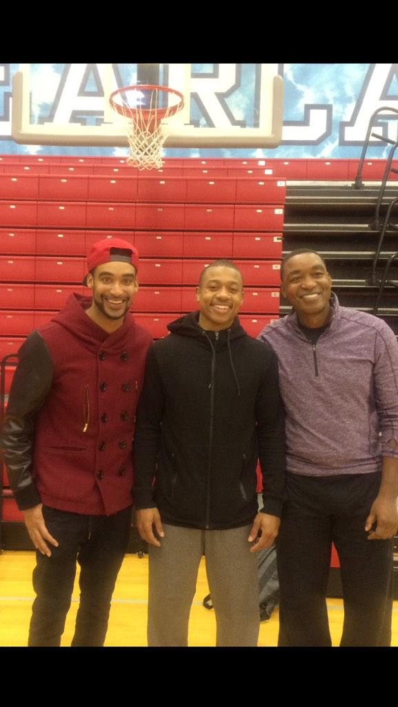 Good time hanging out with @Isaiah_Thomas and @iamisiahthomas we all family! #nba http://t.co/vStMSQybE6