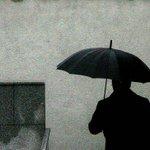 Meteorología anticipa precipitaciones para la zona centro y sur durante el fin de semana http://t.co/HhkwTzVCzG http://t.co/iJe4SqaT1A