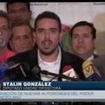 """.@stalin_gonzalez """"Nosotros no pedimos diferir la sesión. Los que no están de acuerdo son los del PSUV"""" http://t.co/QCbgt2UtrU"""